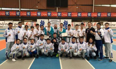 Казахстанская сборная по каратэ киокушинкай-кан взяла серебро и бронзу во Франции