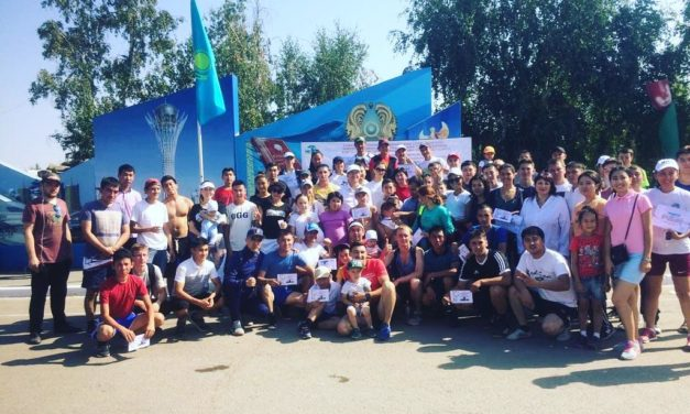 Кокшетауские каратистки приняли участие в оздоровительном забеге