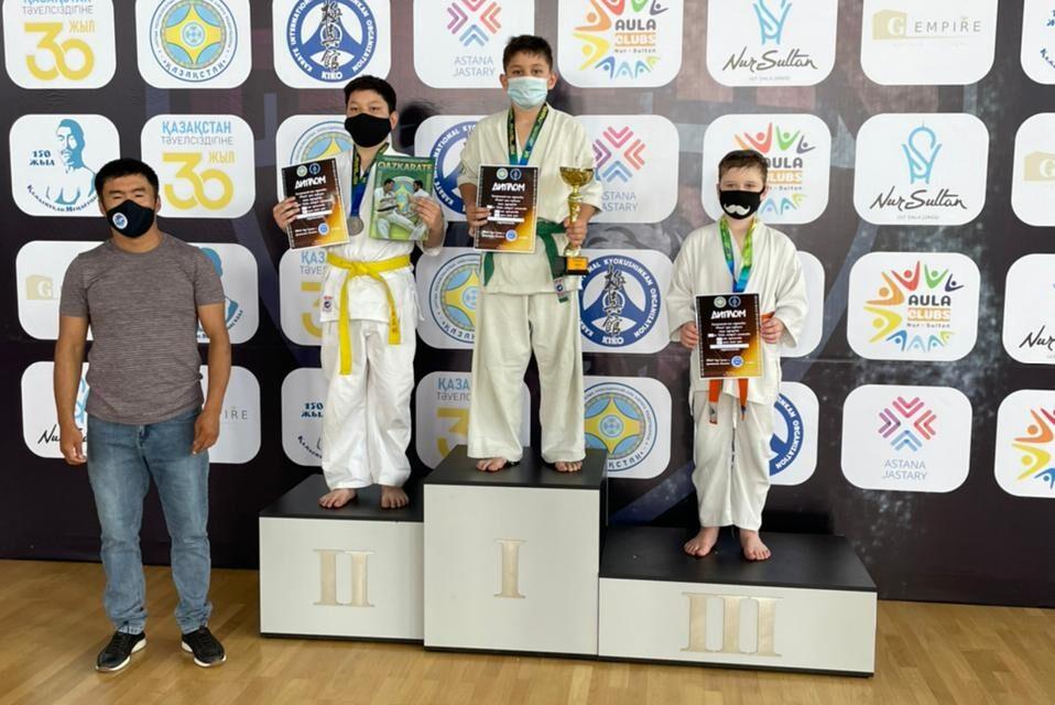 Халықаралық балалар күні мерекесіне орай Нұр-Сұлтан қаласының №7 БЖСМ-де киокушинкай-кан каратэден «Алан клубының Кубогі» турнирі өтті